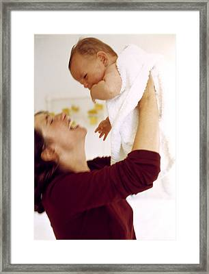 Mother And Baby Framed Print by Ian Boddy