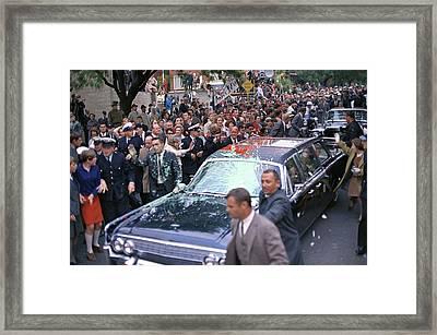 Motorcade Of President Lyndon Johnson Framed Print by Everett