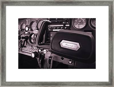 N21957 Framed Print by Emma Quedzuweit