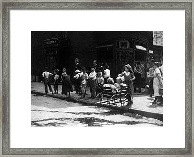 New York City Street Children Framed Print by Everett