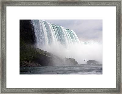 Framed Print featuring the photograph Niagara Falls by Darleen Stry