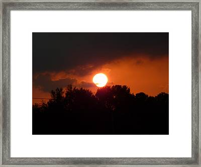 Night Falls In Heaven Framed Print