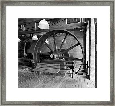 North Chelmsford Framed Print by Jan W Faul