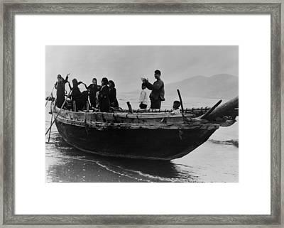 North Vietnamese Refugees Arrive At Da Framed Print by Everett