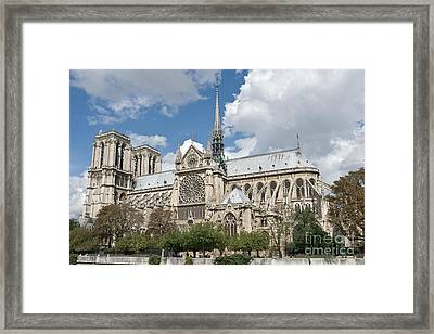 Notre-dame-de-paris I Framed Print by Fabrizio Ruggeri