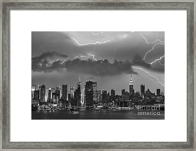 Nyc All Charged Up Bw Framed Print by Susan Candelario