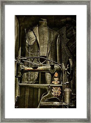 Ode To A Singer Framed Print by Chris Lord