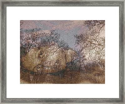 Ofelia Framed Print