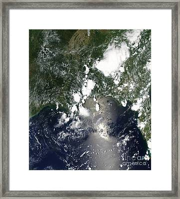 Oil Spreads Northeast From The Leaking Framed Print by Stocktrek Images