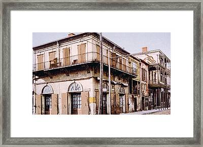 Old Absinthe House In New Orleans Framed Print by Everett