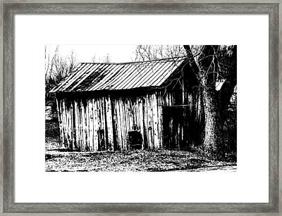Old Barn In Black And White Framed Print by Ronald T Williams