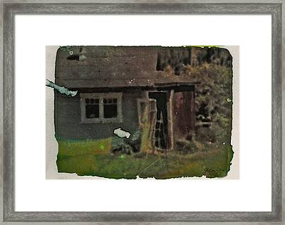 Old Cove Cottage  Framed Print by Janet Kearns