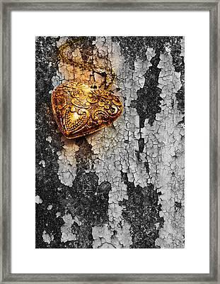 Old Heart  Framed Print by Natee Srisuk