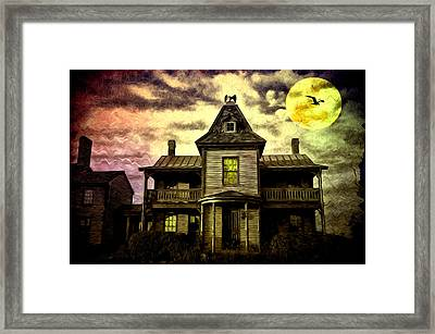 Old House At St Michael's Framed Print by Bill Cannon