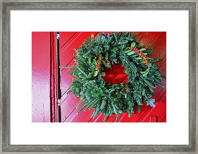 Old Mill Of Guilford Door Wreath Framed Print by Sandi OReilly