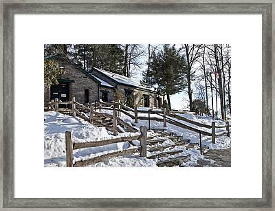 Old Rock Building  Framed Print by Susan Leggett