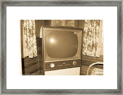 Old Television Framed Print by Shannon Harrington