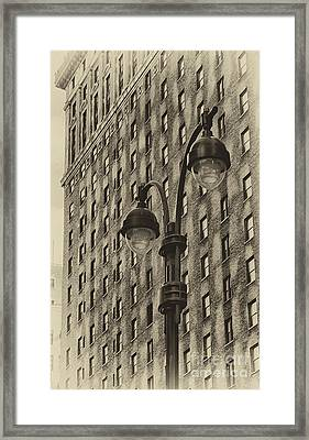 Framed Print featuring the photograph Old Tyme Ny by Vicki DeVico
