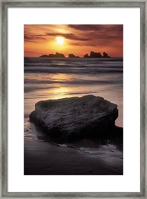 Oregon Sunset Framed Print by Dave Mills
