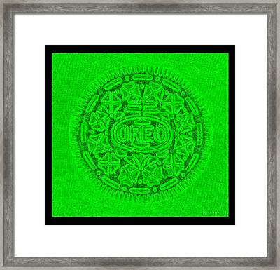 Oreo In Green Framed Print by Rob Hans