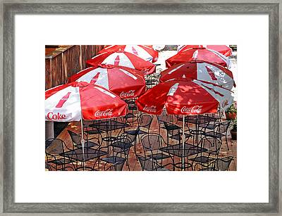 Outdoor Dining Framed Print by Susan Leggett