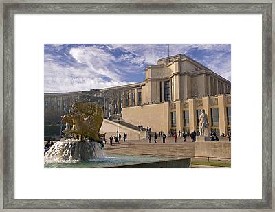 Framed Print featuring the photograph Palais De Chaillot by Rod Jones