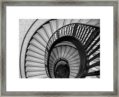 Palmer House Staircase Framed Print by Sheryl Thomas