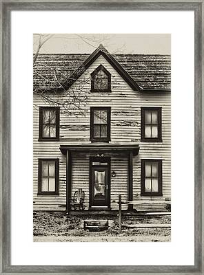 Pawlings Farm Framed Print by Bill Cannon