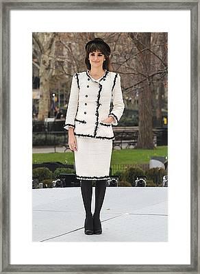 Penelope Cruz Wearing A Chanel Suit Framed Print