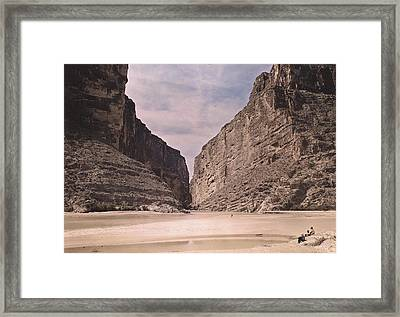 People Relax Along The Rio Grande River Framed Print by Luis Marden