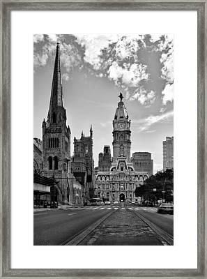 Philadelphia City Hall Bw Framed Print by Susan Candelario