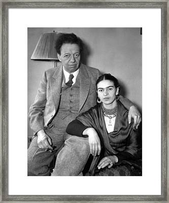 Photo Shows Diego Rivera And His Wife Framed Print