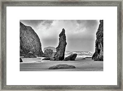 Framed Print featuring the photograph Pillar Of The Pacific by Kevin Munro