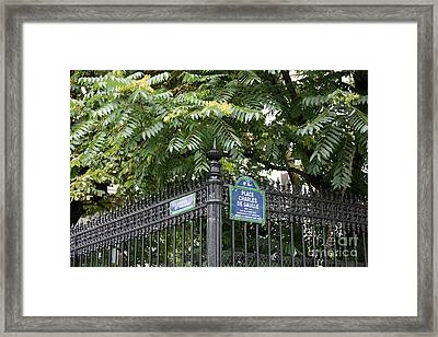Place Charles De Gaulle And Avenue De Wagram Framed Print by Carol Groenen