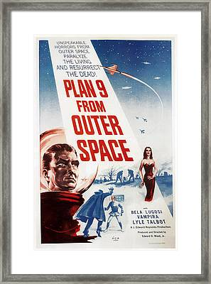 Plan 9 From Outer Space, 1959 Framed Print by Everett