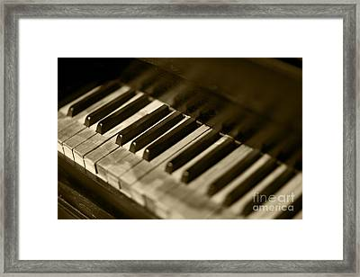 Play Me Framed Print by Leslie Leda