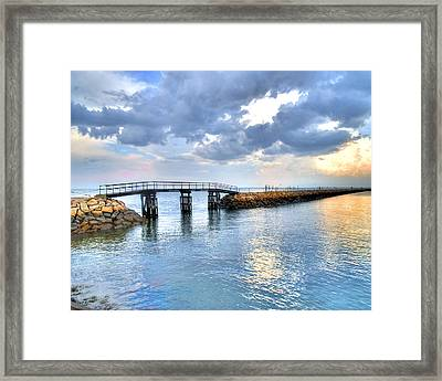 Plymouth Sunset Framed Print by Tammy Wetzel