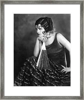Pola Negri, 1924 Framed Print by Everett