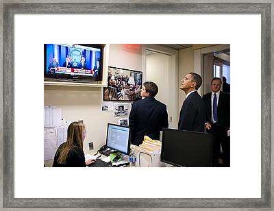 President Barack Obama Watches Msnbc Framed Print by Everett