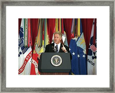 President Clinton Delivers An Framed Print by Everett