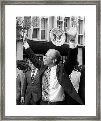 President Gerald Ford Leaves The Us Framed Print by Everett