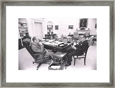 President Gerald Ford Meets With Vp Framed Print