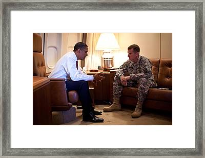 President Obama Meets With Army Gen Framed Print by Everett