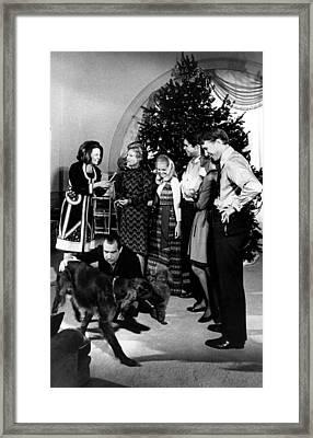 President Richard Nixon And Family Framed Print by Everett