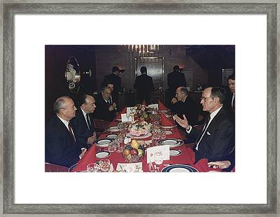 Presidents George Bush Has Lunch Framed Print by Everett