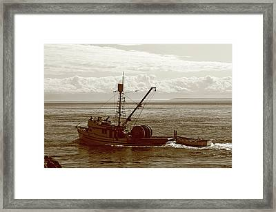 Framed Print featuring the photograph Purse Seine Departure by Lorraine Devon Wilke