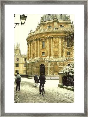 Radcliffe Camera In The Snow Framed Print