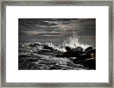 Raging Seas Framed Print by David Hahn