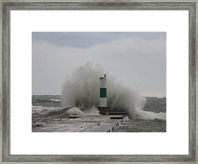Raging Waters Framed Print by Harry Wojahn