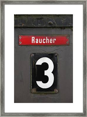 Raucher Framed Print by Falko Follert